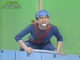 Gaki No Tsukai - Wall of Boxes
