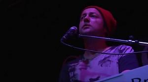 Zdenerwowany Czesław Mozil  na koncercie dla emigrantów