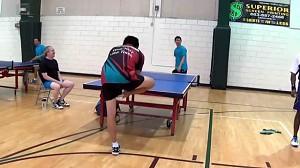 Szczęśliwa zagrywka w tenisie stołowym
