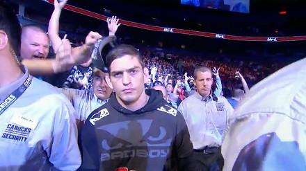 Złodzieje czapek z UFC