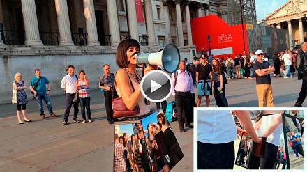 Feministyczna artystka daje się publicznie macać po cyckach i waginie