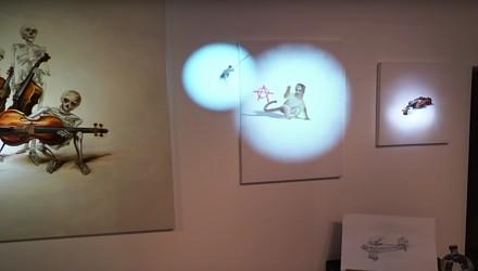 Wystawa sztuki, podczas której obrazy ożywają na oczach podziwiających je osób