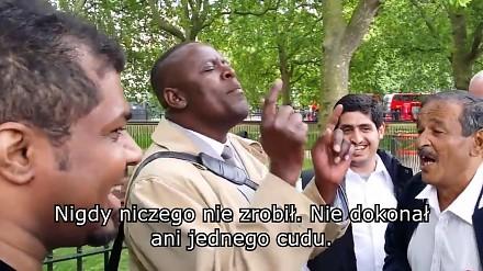Głosi ewangelię tłumowi muzułmanów, a oni...