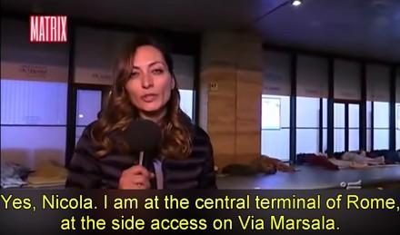 Włoska reporterka zaatakowana przez imigrantów podczas relacji na żywo