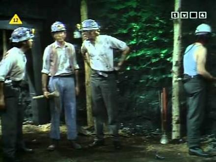 Spór w kopalni węgla - Monty Python