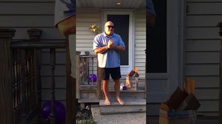 66-latek po razy pierwszy w swoim życiu zobaczył kolory