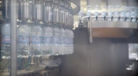 Jak produkowana jest woda źródlana? - Fabryki w Polsce