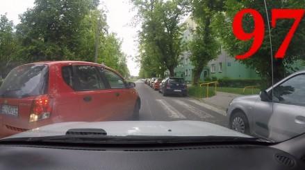 Co za ziomek, ale będą wyświetlenia, czyli tak jeżdżą polscy kierowcy