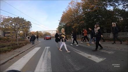 Miejski przepychacz pieszych