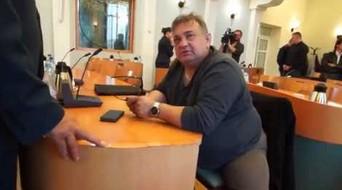 Czy w Bełchatowie na zebranie przyszedł pijany radny?