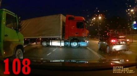 Burak w audi wymierza sprawiedliwość, czyli tak jeżdżą polscy kierowcy