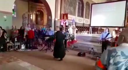 Przekonali mnie - w niedzielę idę do kościoła