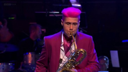 Tak się gra na saksofonie!