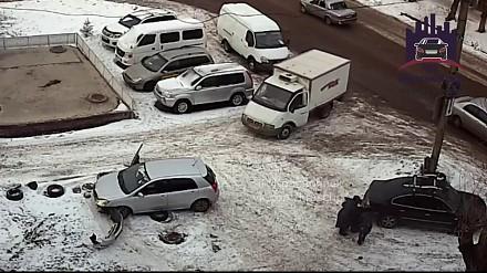 Kobieta, samochód, zima i Rosja - mieszanka niebezpieczna