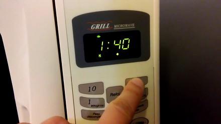 Ustawianie czasu na mikrofalówce