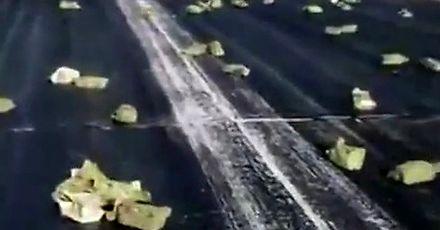 Tony złota spadły z nieba po awarii w rosyjskim samolocie