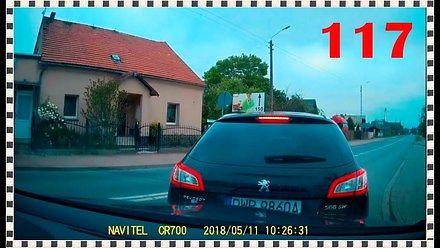 Jeszcze zdążę przed tym tirem, czyli tak jeżdżą polscy kierowcy