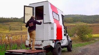 Prawdziwy transformer, czyli Land Rover, który naprawdę się zmienia