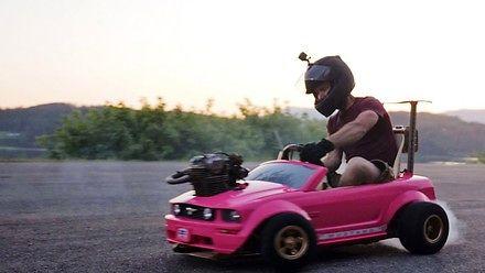 Samochód dla Barbie z prawdziwym silnikiem