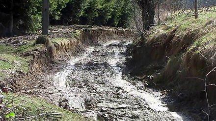 Woda w górach - powódź w Kętach