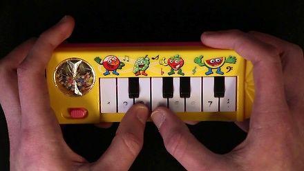 Toto - Africa zagrane na pianinku za 1 dolara