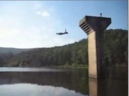Skok do wody z 10 metrów