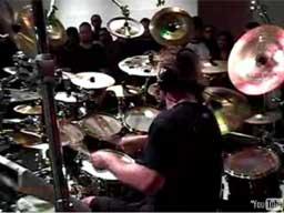 Flo Mounier - ekstremalne solo perkusyjne