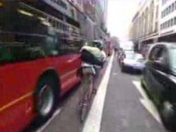 Rajd kurierów rowerowych ulicami Londynu