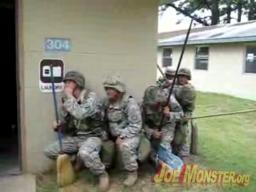 Jak sprząta ekipa SWAT