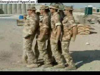 Co robią żołnierze kiedy się nudzą?