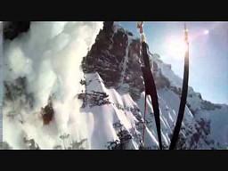 Szalony zjazd na nartach