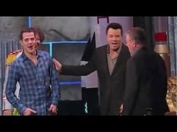Steve-O łamie nos na ręce Mike Tysona