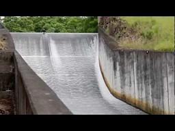 Hardcorowa zjeżdżalnia wodna