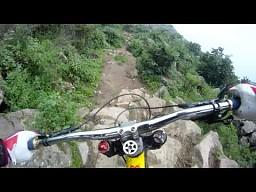 Ekstremalny przejazd rowerem górskim