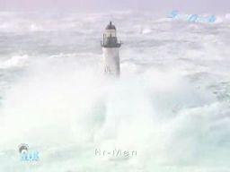 Latarnie morskie podczas sztormu