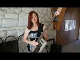 Gitara basowa z C64