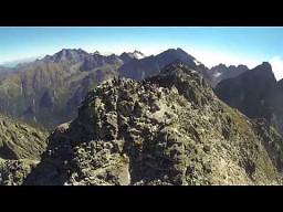 Rysy sfilmowane dronem zabranym w plecaku