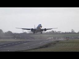 Boeing 777 chciał wylądować w Birmingham