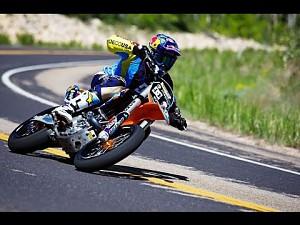 Robbie Maddison skacze jak Małysz... tylko, że na motocyklu!