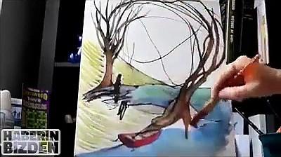 Mama tuninguje szkic 2-letniej córki