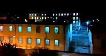 Wejście z hukiem. Tak więźniowie w Grudziądzu przywitali złapanego pedofila