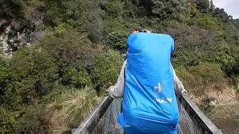 Niezapomniany spacer w Nowej Zelandii. Zerwanie lin wiszącego mostu