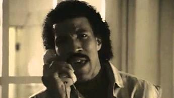 """Lionel dzwoni do Adele, żeby powiedzieć """"Hello"""""""