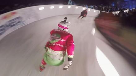Downhill lodowym torem od Red Bulla
