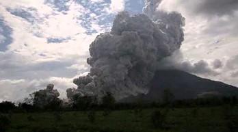 Czekał aż wulkan pierdnie. Kilkugodzinne oczekiwanie się opłaciło