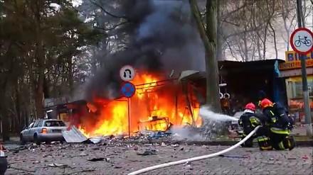 Potężna eksplozja z fajerwerkami w Świnoujściu