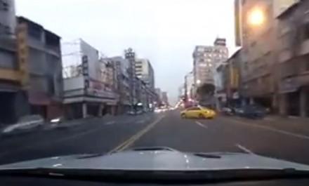 Tajwańczyk, który naoglądał się filmików Bogusia z BMW