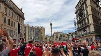 Węgierscy kibice w Marsylii: Polska!