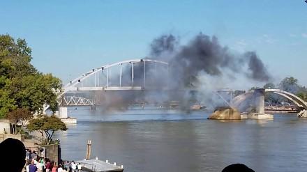 Chcieli wysadzić most. Coś jednak poszło nie tak