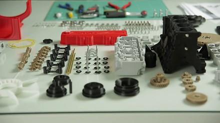 Model silnika Toyoty wydrukowany w 3D